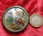 Limoges porselen frogonat  broş